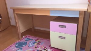 S邸の小学生の机を製作しました。